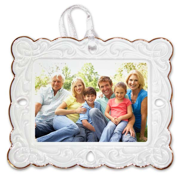 Create a postcard photo ornament with decorative gold trim to highlight your tree