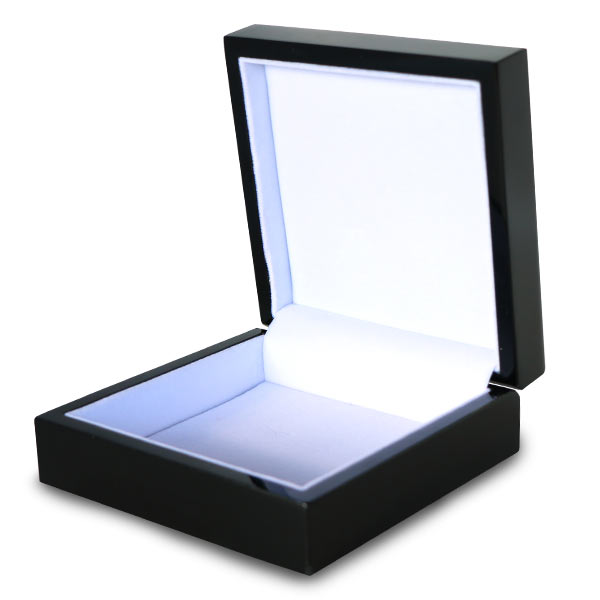 Black lacquer gift box with white felt padded inside, perfect for storing your keepsakes