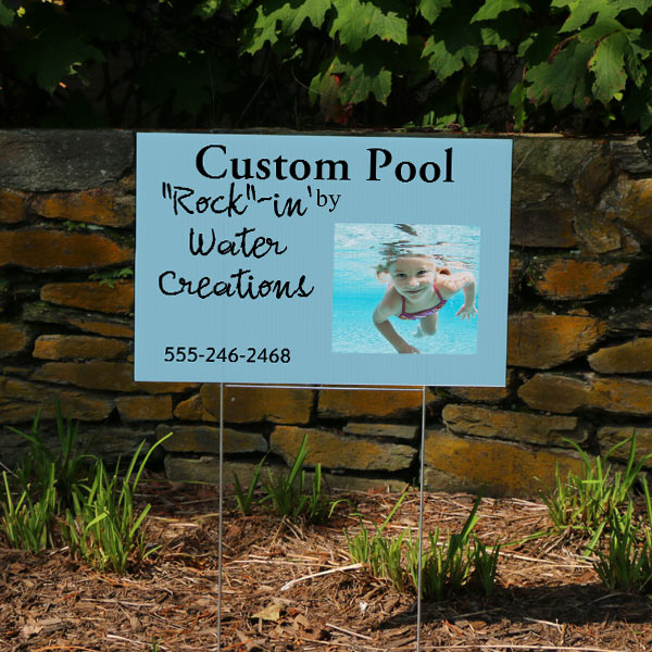 Market your business with a personalized outdoor lawn sign
