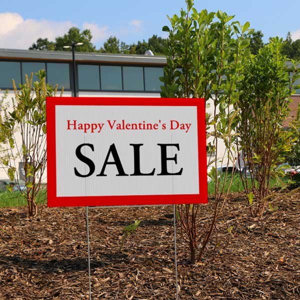 Create a custom lawn and yard sign to sell products and advertise your business