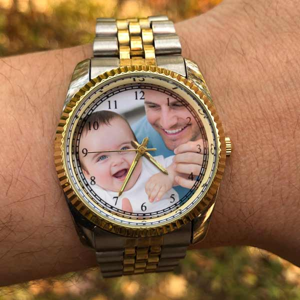 Create a custom photo watch with your own picture in the watch at Print Shop