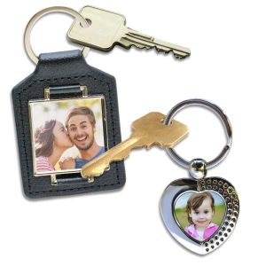 Create your own photo key chain, choose from many different options