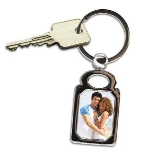 Create a rectangle key chain to keep your keys together, just add your own picture