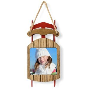 Classic wood sled with photo added to the seat will look beautiful on any tree
